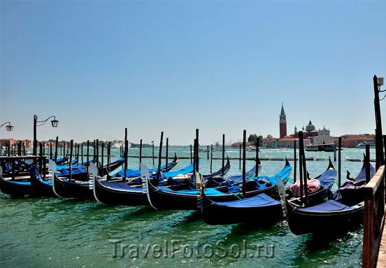 Гондола – визитная карточка Венеции