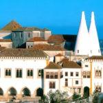 Португалия — Национальный дворец Синтры.