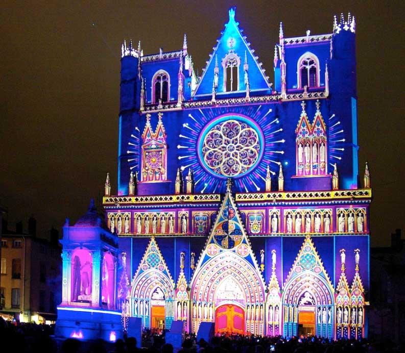 Фестиваль Огней в Лионе.